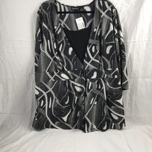 MAGGIE BARNES Womens Size 1X Black & White Top